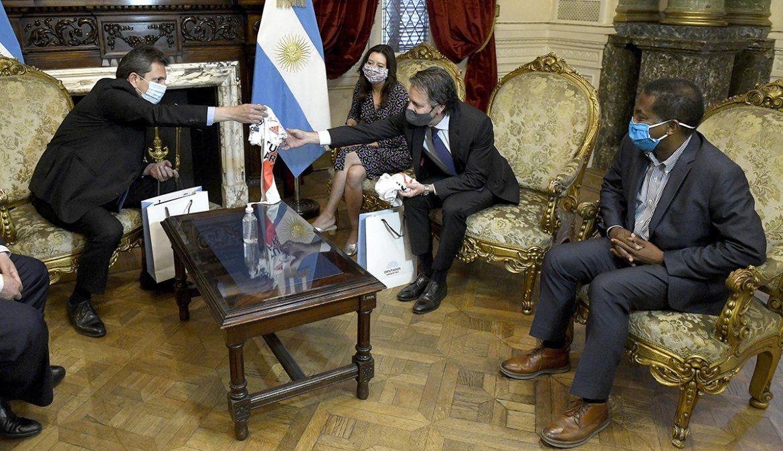 Massa prometió a la misión del FMIbuscar consensos para asegurar un nuevo acuerdo