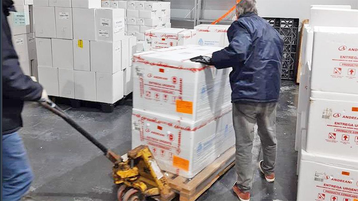 La Provincia recibió 6.300 dosis de Sputnik V: serán distribuidas en el interior
