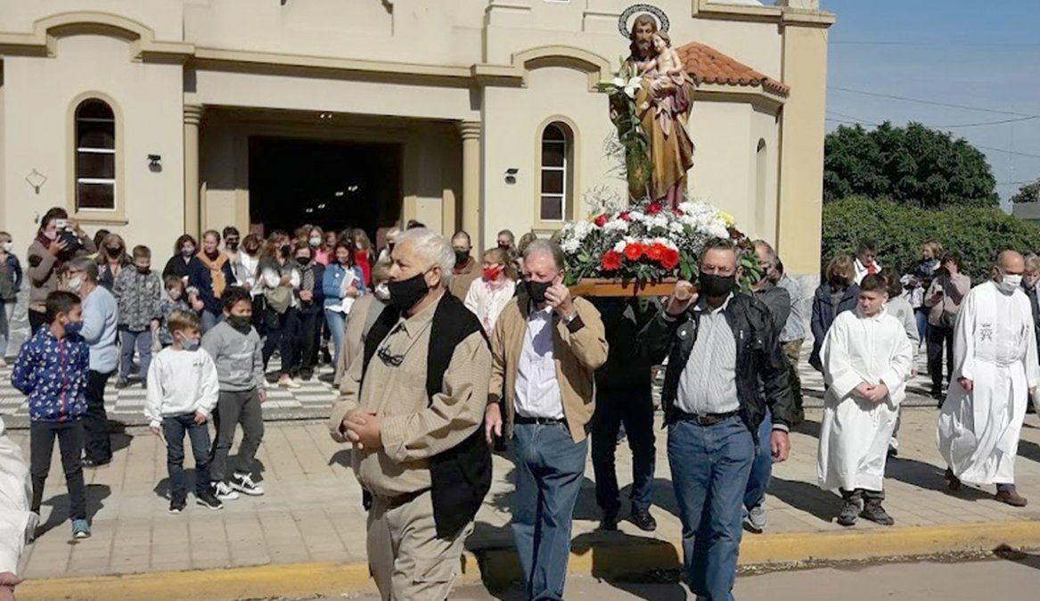 Con misa y una procesión, Cabrera  rindió culto a su patrono San José