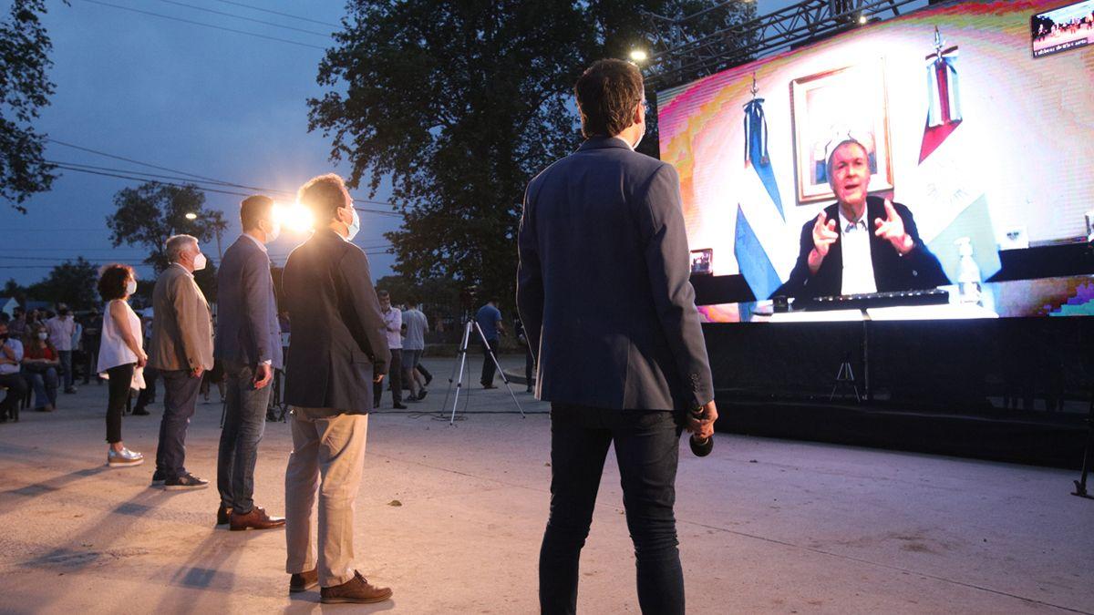 El gobernador Schiaretti se sumó por videoconferencia.