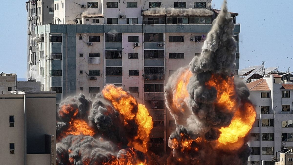 Israel bombardeó el centro de Gaza durante el sábado.