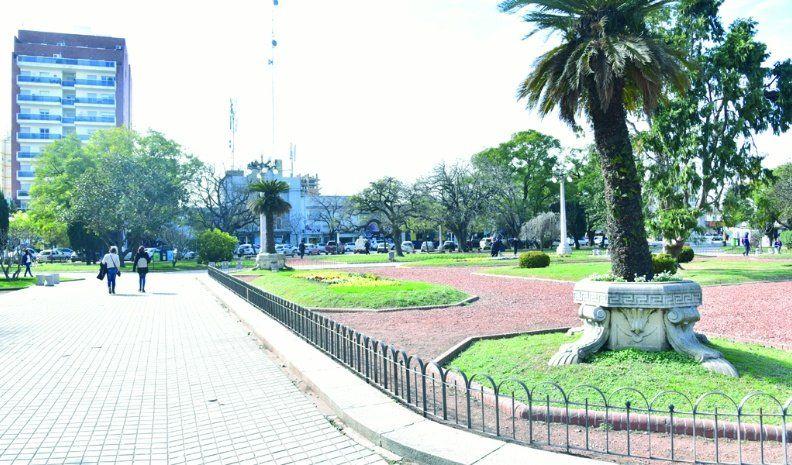 Quieren que se declare patrimonio histórico la plaza Centenario