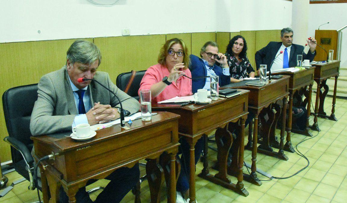 La oposición impulsa una resolución para el levantamiento de las restricciones