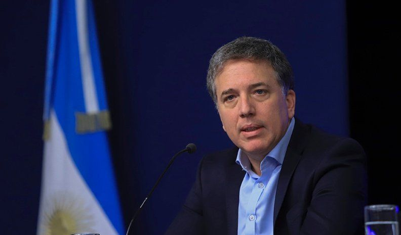 Dujovne relativizó una posible moneda común con Brasil