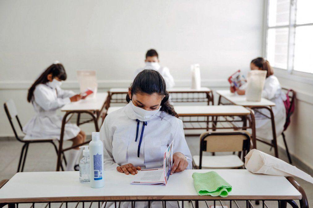 A nivel nacional se definió un semáforo epidemiológico para establecer la vuelta a clases;Córdoba es de alto riesgo y no habrá regreso a las aulas.