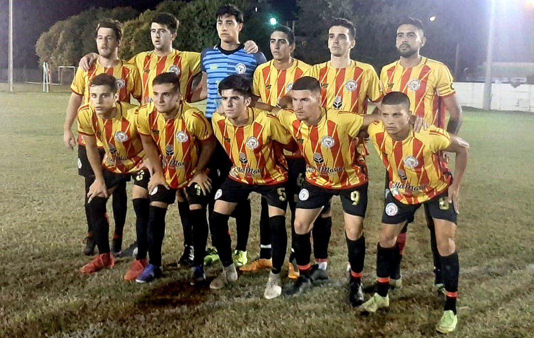 El equipo de Asociación Española que dejó sin invicto a Argentino en un partido accidentado y se acomodó en la tabla de posiciones.