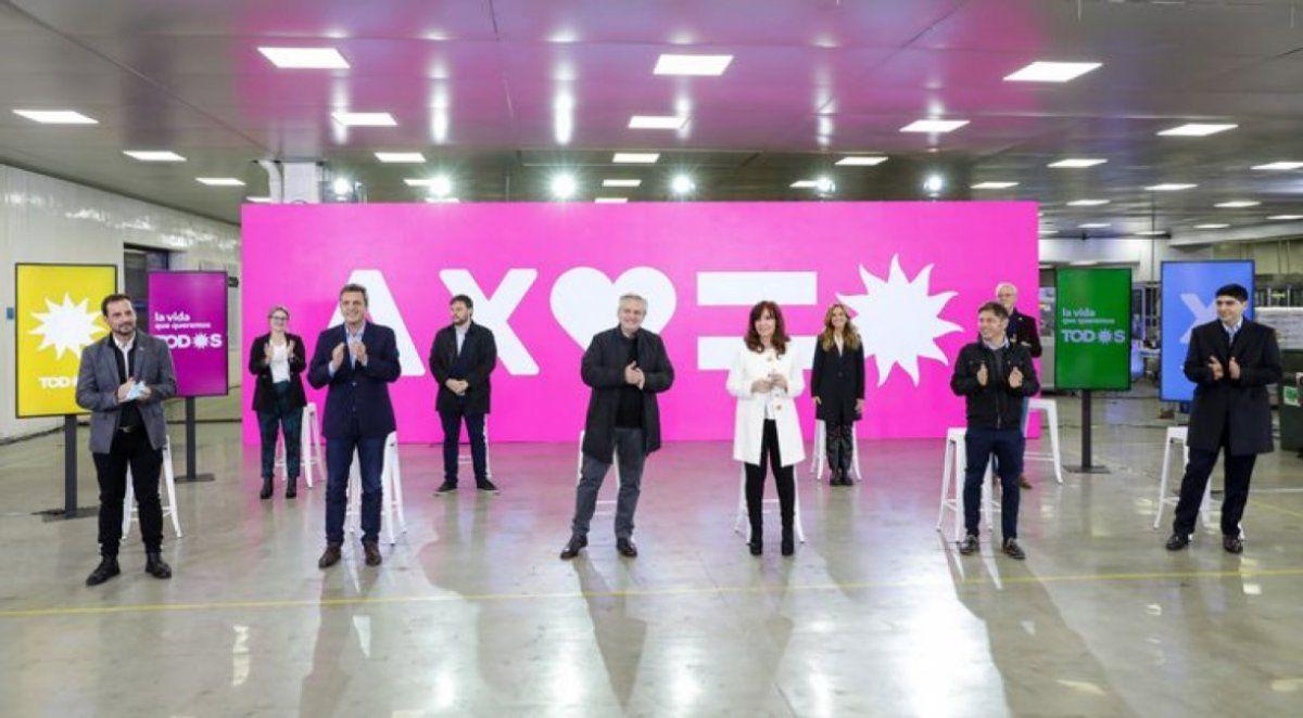 El Presidente encabeza el acto de la presentación de los precandidatos del Frente de Todos en la Ciudad y la provincia de Buenos Aires