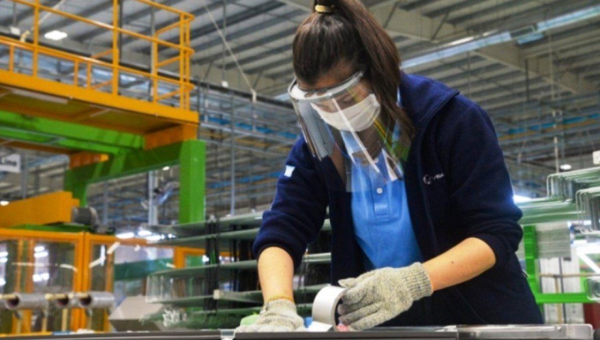 La industria pyme creció 47% anual en mayo