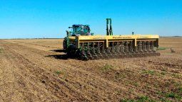 Las sembradoras avanzan en toda la región, con la implantación de soja y maíz que dominan la superficie. Pero hay una buena expansión del sorgo y el maní.