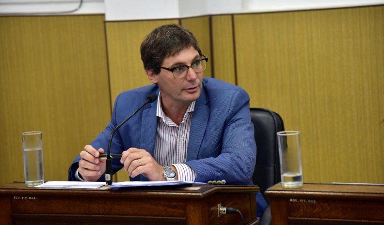 Amplían la prohibición del empleo de herbicidas elaborados con glifosato