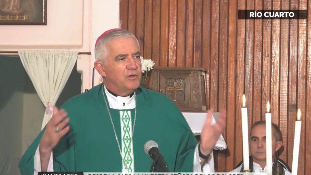Monseñor Adolfo Uriona presidió la santa misa del 3° domingo durante el año.