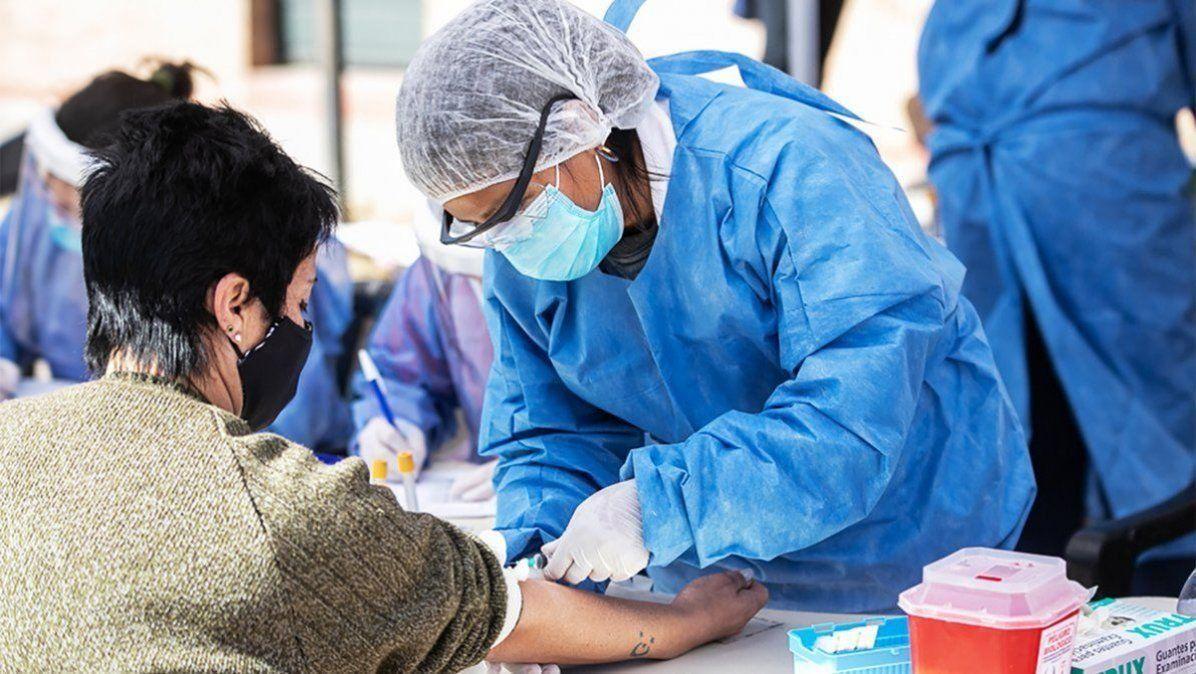 La provincia superó los 180 mil contagiados en un año