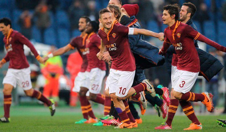 Roma visita a Liverpool en el inicio de las semis