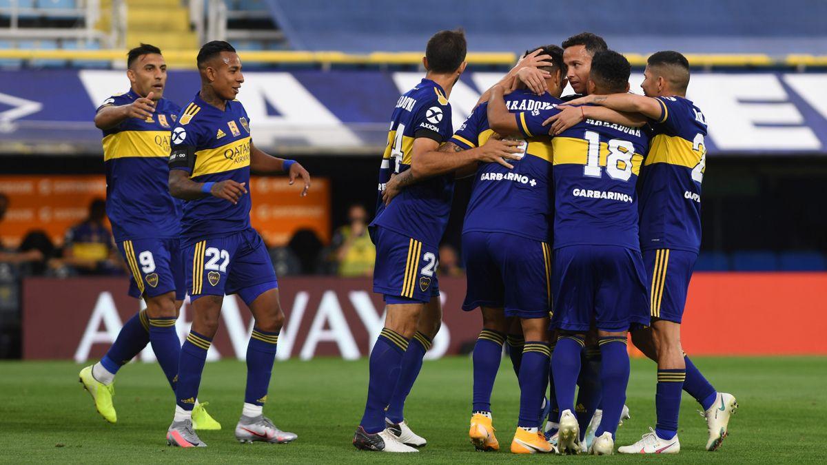Boca ganó en una Bombonera plagada de recuerdos