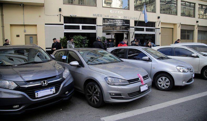El patentamiento de autos 0 km cayó 25,5%