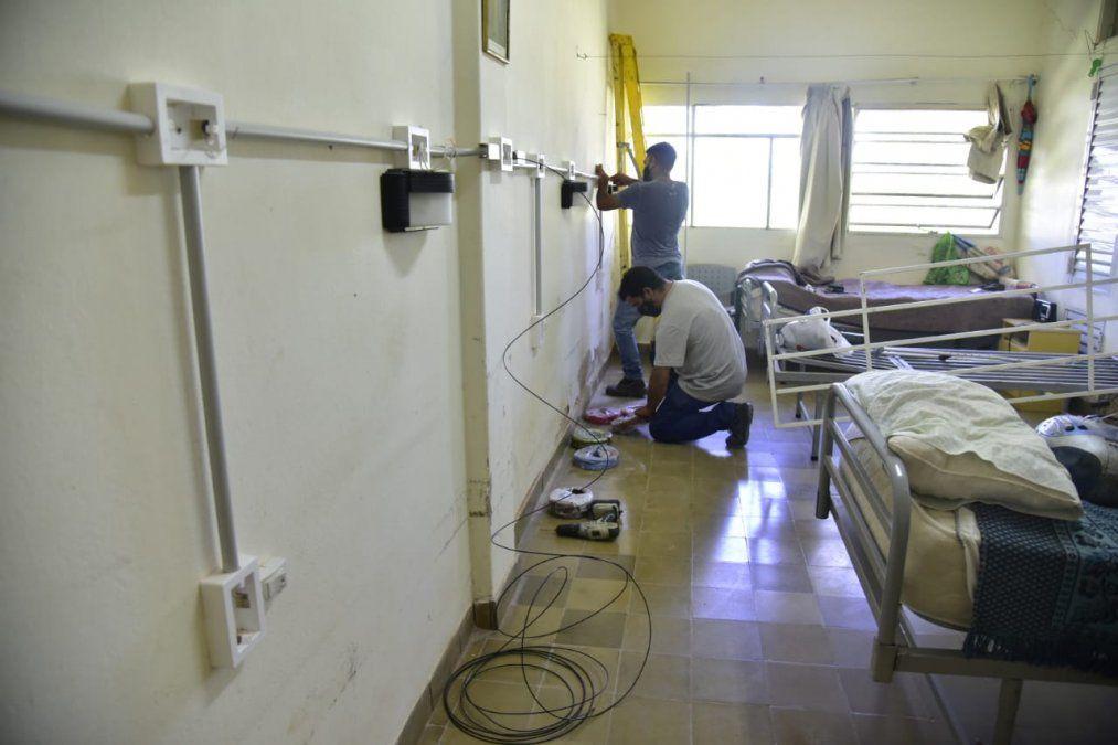 Se realiza la obra de adecuación eléctrica en el Hogar de Ancianos