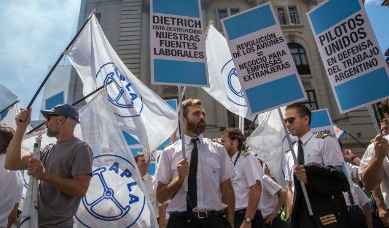 ANAC suspendió una resolución que desató el conflicto con pilotos
