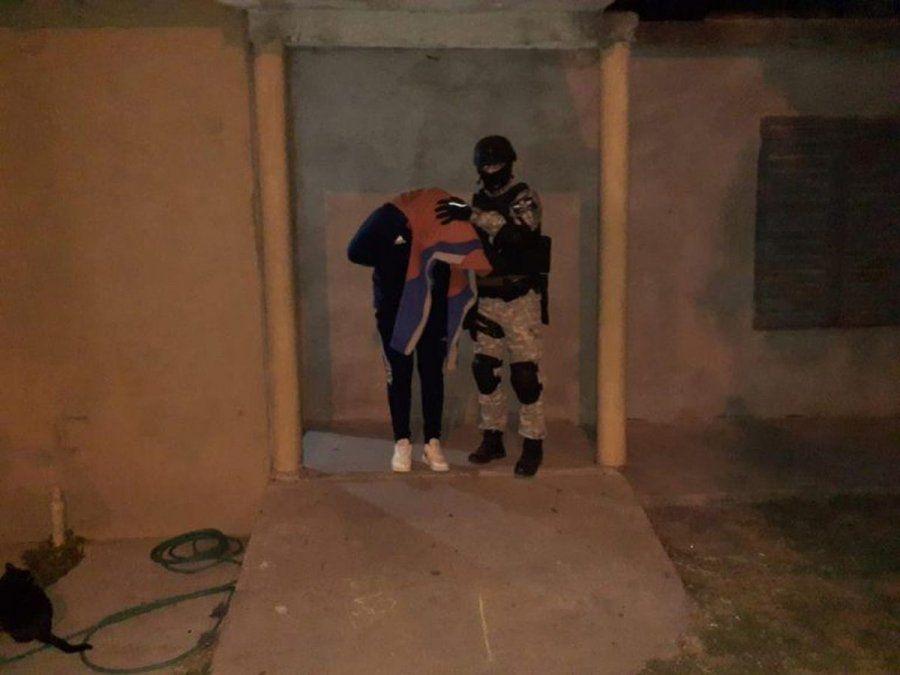 Detuvieron a padre e hijos por narcomenudeo en el departamento Colón
