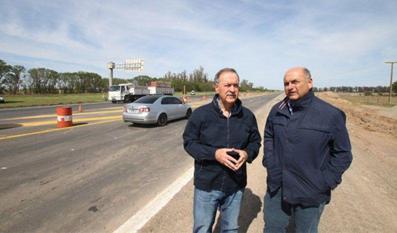 La Provincia presenta opciones para mejorar los caminos rurales