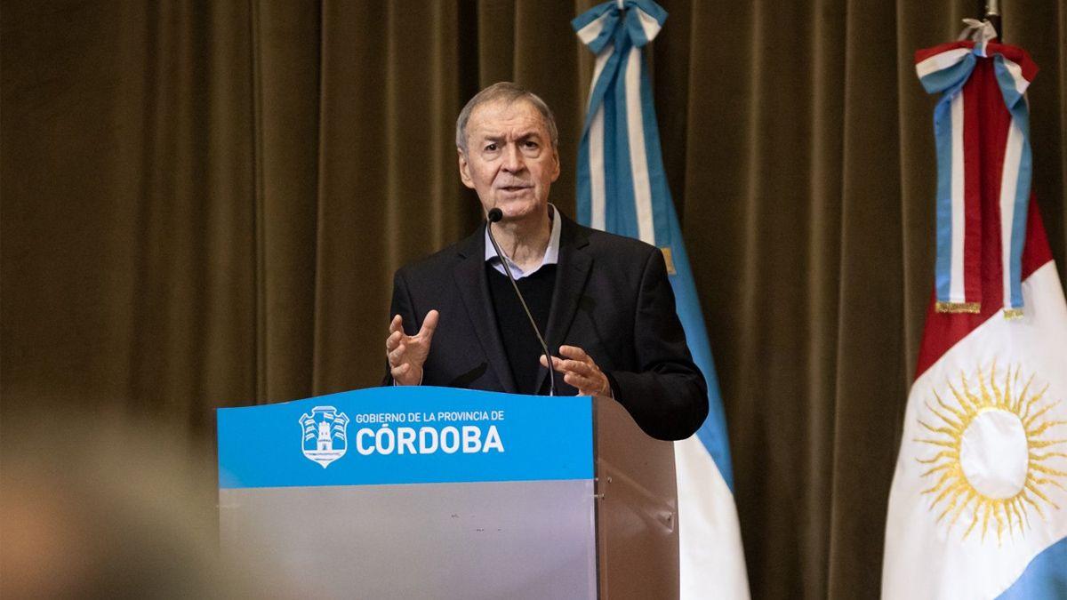 El Gobierno de Córdoba promulgó hoy la Ley 10.762 que lo autoriza a gestionar la adquisición de vacunas contra el coronavirus