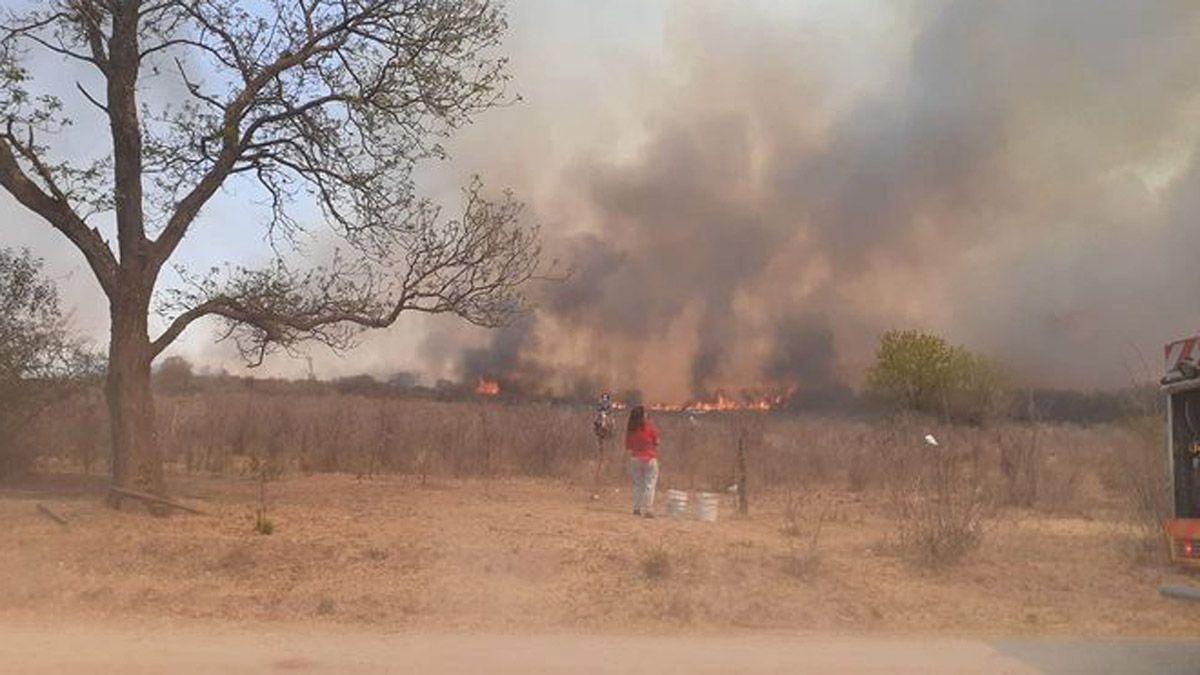 El incendio desarrollado en la zona de Villa Amancay.