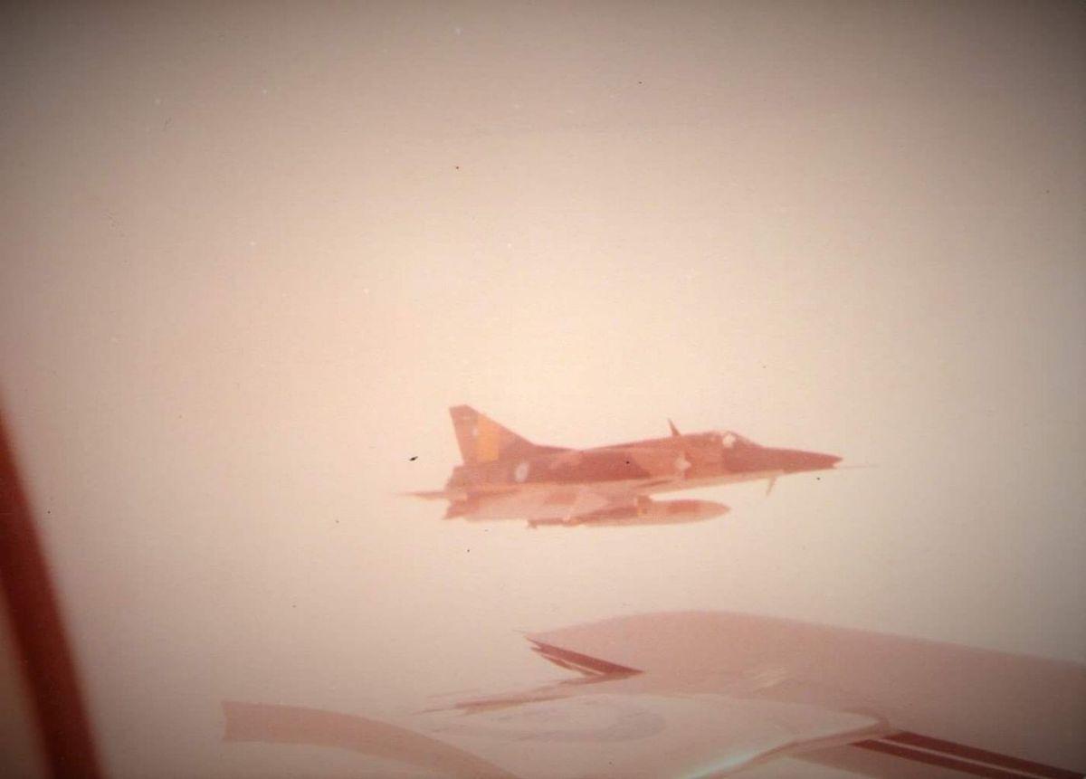Devuelven restos de un avión caído en Malvinas al Museo Nacional de Oliva