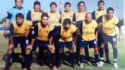 El elenco de Ricardo Gutiérrez, que afrontó el torneo Provincial 2009. Barrera, Piccotti, Mancilla, Velasco, Giraudo, López, Reyes, Danna, Bersano, Mercado y Cardielo.