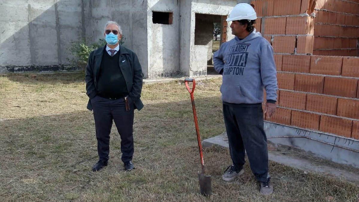 El intendente Saliba confirmó que se reactivó el programa de 14 Viviendas.