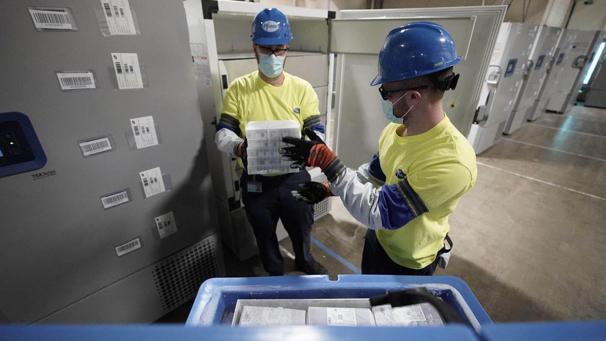 El cargamento con las primeras 100.620 dosis de vacunas de Pfizer arribará a las 16 al Aeropuerto Internacional de Ezeiza