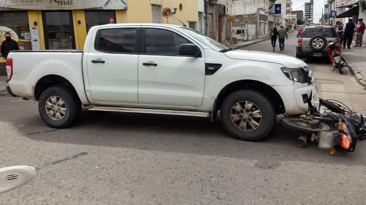 El choque ocurrió en la esquina de Baigorria e Hipólito Yrigoyen.