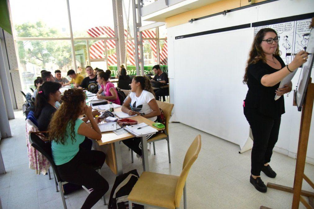 Abrieron las inscripciones del programa de Educación de Jóvenes y Adultos