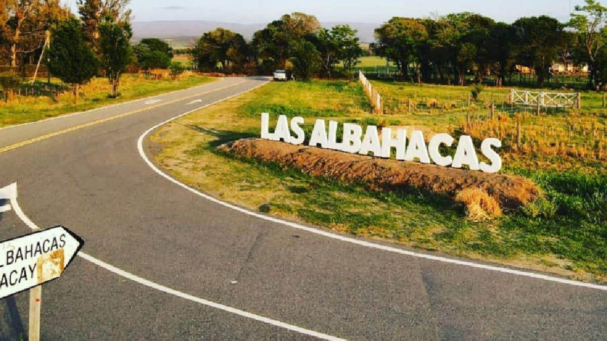 Gran cantidad de dueños de casas de veraneo visitaron Las Albahacas este fin de semana largo.